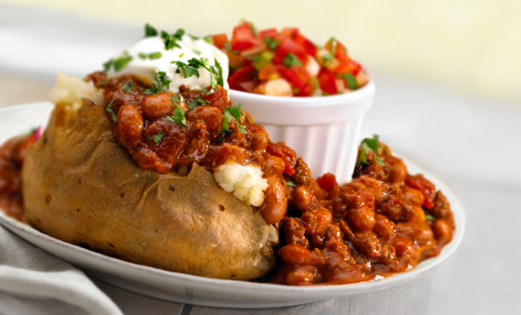 Hearty Turkey Chili Potato