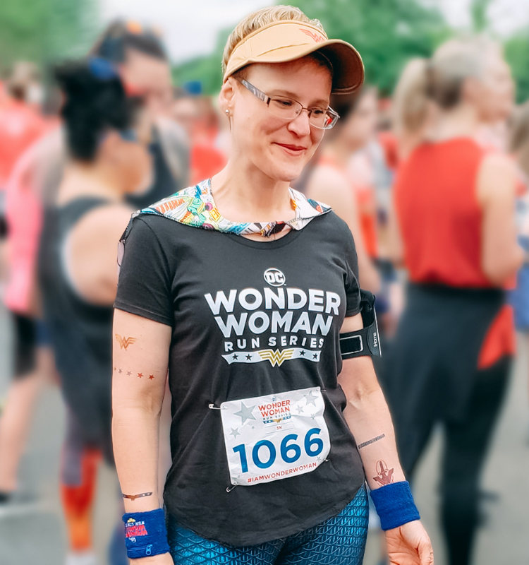 Jennifer lost 60 lbs. on the HMR diet and finished her first 5k – realizing a long-time dream.