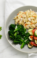 Click to see HMR Rotini Chicken Alfredo prepared with vegetables