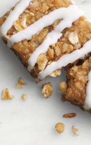 Click to see the HMR Lemon flavored bar with sweet yogurt icing drizzle